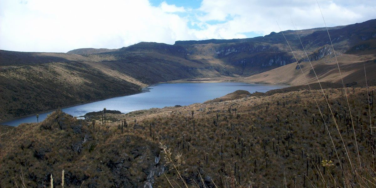 The Otun Lagoon and Santa Isabel Nevado Tour